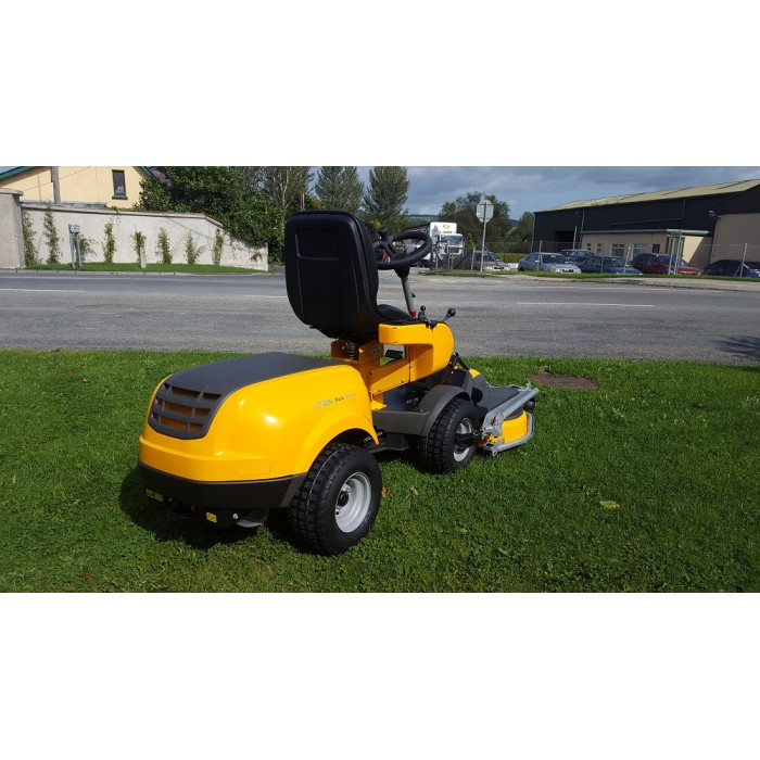 """New""  Display Model Stiga Park 740PWX All Wheel Drive"